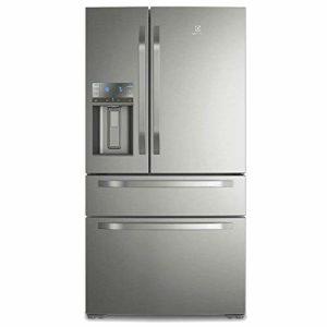 geladeira com dispenser de água e gelo na porta